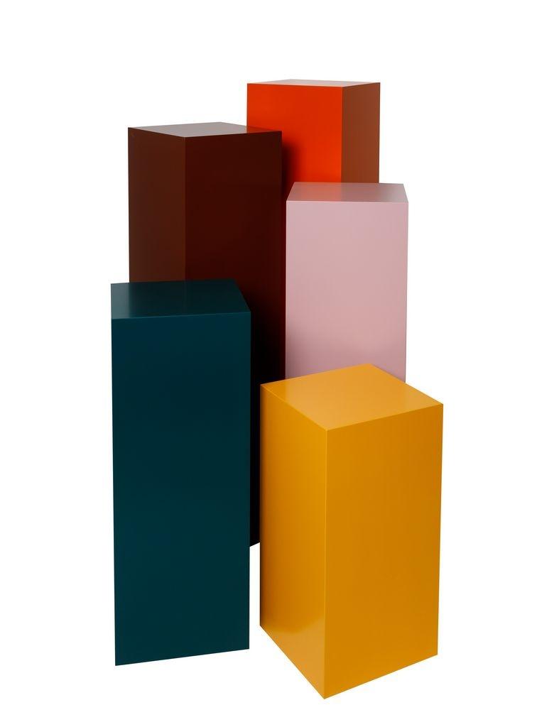 Galeriesockel in Farbe